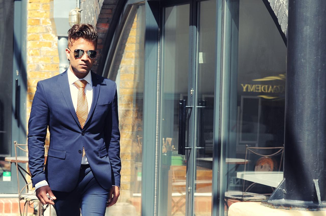 porter cravate