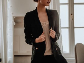 Blazer oversize : comment la choisir et la porter ?